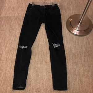Ripped Free People Jeans (Black)🖤